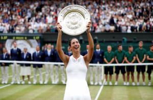 Wimbledon: Τα άλλαξε όλα! Κορυφή η Πλίσκοβα, πέμπτη η Μουγκουρούθα