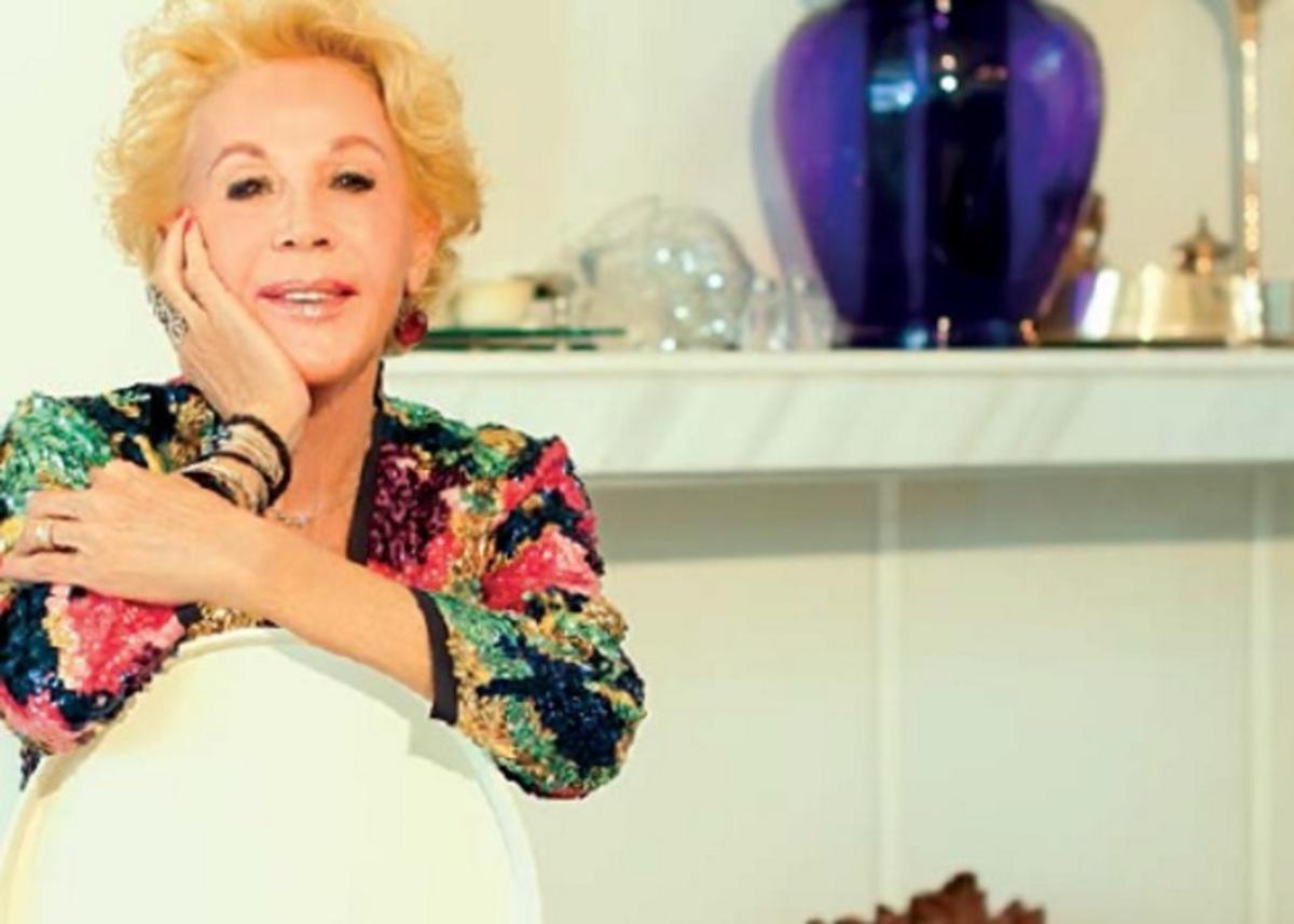 Ζωή Λάσκαρη: Η φωτογράφιση που είχε κάνει στο σπίτι που άφησε την τελευταία της πνοή | Newsit.gr