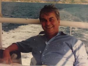 Θεσσαλονίκη: Συγκίνηση για τον θάνατο του Κώστα Εγγλέζου – Η ανάρτηση του γιου του στο διαδίκτυο [pics]