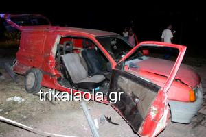 Τρίκαλα: Νταλίκα συγκρούστηκε με βανάκι – Στο νοσοκομείο οι δύο τραυματίες του τροχαίου [pic, vid]