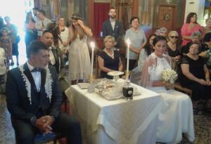 Ρόδος: Γαμπρός και νύφη κάθισαν στο γάμο τους – Η εξήγηση των ιδιαίτερων εικόνων [pics]
