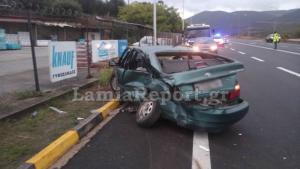 Λαμία: Σοβαρό τροχαίο μετά από αναστροφή – Οι ζώνες έσωσαν πατέρα και κόρη – Αγωνία για τραυματισμένο οδηγό [pics]