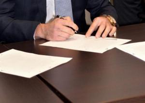 Λέσβος: Η τελευταία απολογία για το σκάνδαλο της Συνεταιριστικής Τράπεζας – 53 συνολικά οι κατηγορούμενοι!