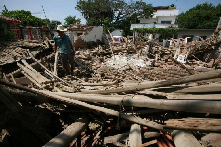 Σεισμός στο Μεξικό: Στους 96 οι νεκροί – Εκατομμύρια σε άθλια κατάσταση | Newsit.gr