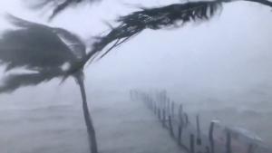 Κυκλώνας Ίρμα: Παραμένει επικίνδυνος
