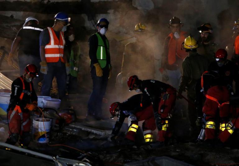 Μεξικό: Οσμή θανάτου παντού – Χάνονται οι ελπίδες για επιζώντες | Newsit.gr