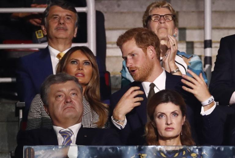 Μελάνια Τραμπ: Υπέρλαμπρη – «Γοήτευσε» τον πρίγκιπα Χάρι   Newsit.gr