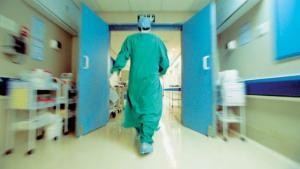 Πάτρα: Σάλος από καταγγελία για πλαστικό χειρουργό – Η επίθεση σε ασθενή που του ζήτησε εξηγήσεις!