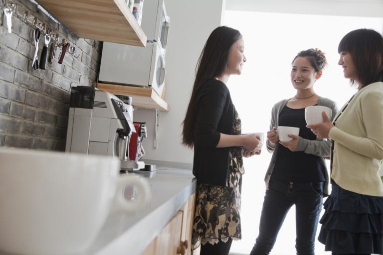 Για ποιον αηδιαστικό λόγο δεν πρέπει να φτιάχνετε καφέ, όταν είστε στη δουλειά… | Newsit.gr