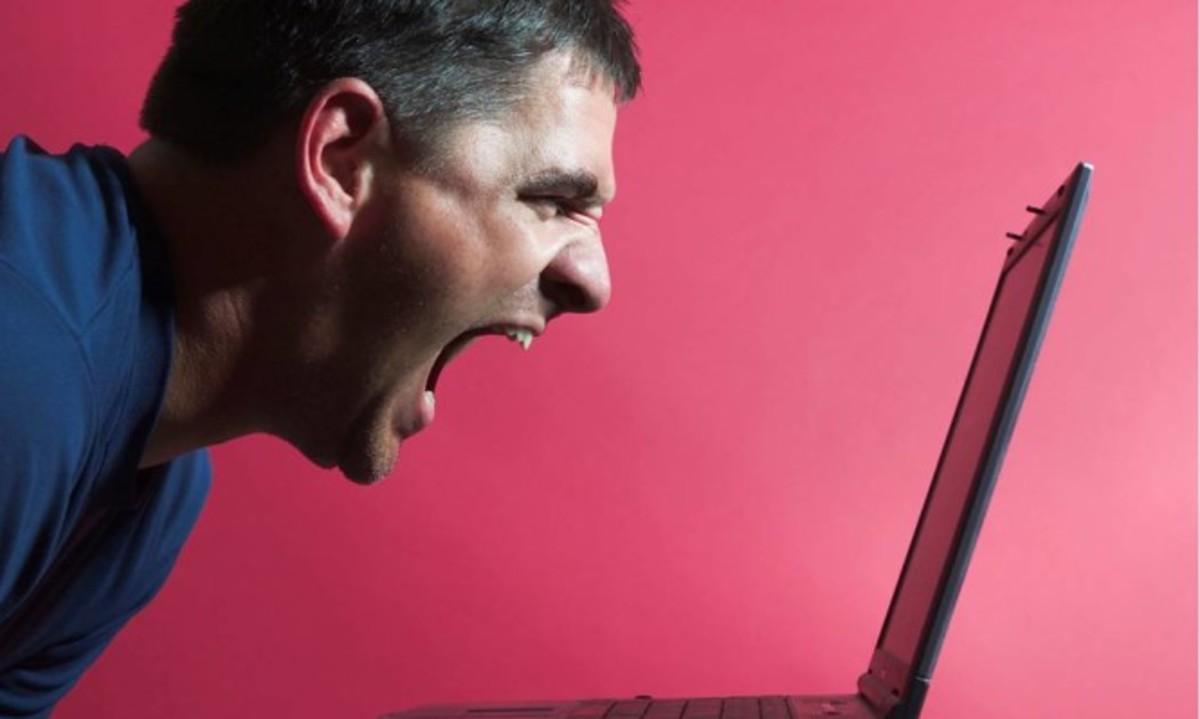 Σας προκαλούν εκνευρισμό τα γραμματικά λάθη των άλλων; Για διαβάστε αυτό… | Newsit.gr