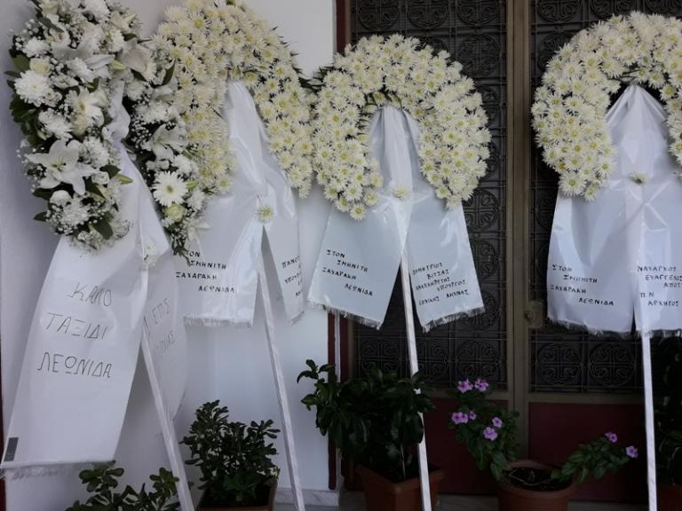 Αγρίνιο: Τελευταίο αντίο στους σμηνίτες που σκοτώθηκαν σε τροχαίο – Οδύνη στις κηδείες τους [pics, vid] | Newsit.gr
