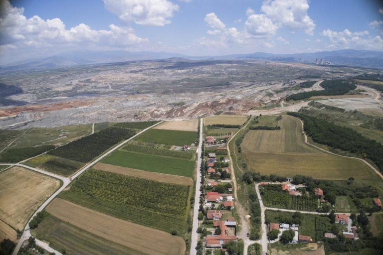 Φλώρινα: Προειδοποίηση Λέκκα για εκκένωση του χωριού Ανάργυροι – «Νέα ρήγματα στον οικισμό»! | Newsit.gr