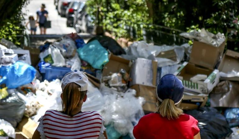 Αίγινα: Προσωρινή λύση για τα σκουπίδια – Η απόφαση του Παναγιώτη Κουρουμπλή! | Newsit.gr