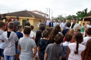 Αργολίδα: Πήγαν για μάθημα στο κλειστό σχολείο των Μύλων – Επιμένουν γονείς και μαθητές [vid]