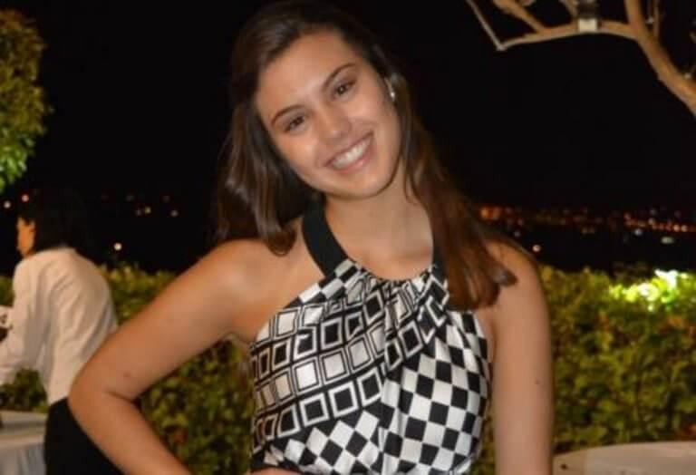 Πάτρα: Πάρτι πρωτιάς για την Μυρσίνη Χαμακιώτη – Έτσι γλέντησε την είσοδο στην Ιατρική της πόλης της [pics] | Newsit.gr