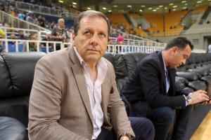 ΑΕΚ – Αγγελόπουλος: «Οι ψεύτικοι τίτλοι του Ολυμπιακού μείωσαν την οπαδική μας βάση»