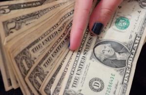 «Πόλεμος» στον Πειραιά για θησαυρό 1.000.000 δολαρίων!