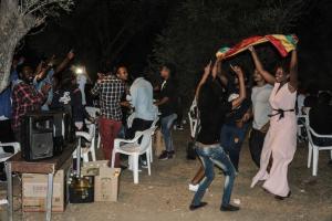 Μυτιλήνη: Γιόρτασαν τη δική τους Πρωτοχρονιά – Χοροί, τραγούδια και παραδοσιακή μουσική [pics]