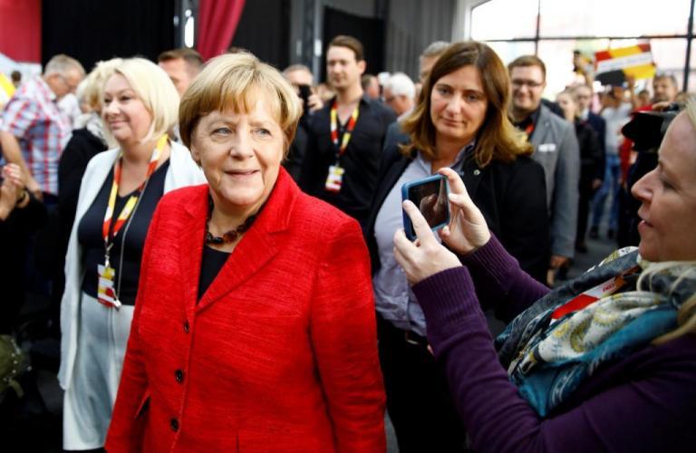 """Γερμανία – Δημοσκόπηση: Θέλουν """"Τζαμάικα"""" στην κυβέρνηση   Newsit.gr"""