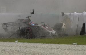 Τρομακτικό ατύχημα στην F1! Διαλύθηκε το λάστιχο του Γκροζέν [vid]