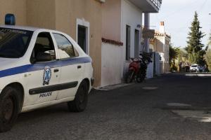 Χαλκίδα: Τον απείλησαν στην πόρτα του με όπλο και μαχαίρι!