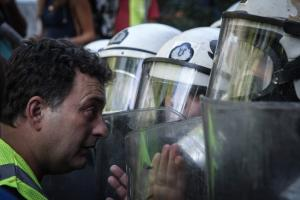 ΝΔ: Οι Ρουβίκωνες αφήνονται ελεύθεροι, στους μεταλλωρύχους της Eldorado ρίχνετε χημικά