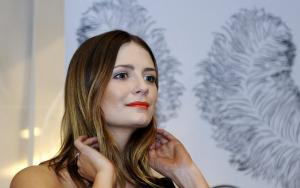 Θύμα του πρώην διάσημη ηθοποιός – Την απειλεί με ερωτικά βίντεο