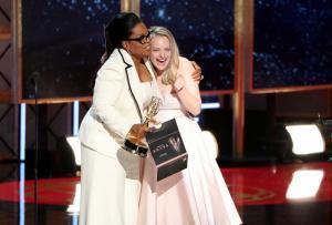 Emmys 2017: Αποθέωσαν την Oprah Winfrey – Εμφάνιση με ελληνικό άρωμα!