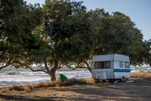 Κρήτη: Νεκρός άστεγος σε παραλία της Ιεράπετρας