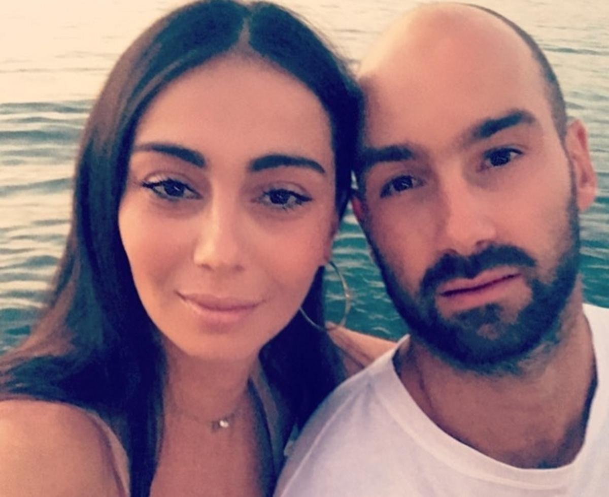 Η σύζυγος του Σπανούλη αγκαλιά με τη νεογέννητη κόρη τους [vid] | Newsit.gr