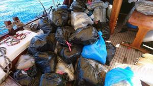 700 κιλά κάνναβης σε ιστιοφόρο στη Νίσυρο!