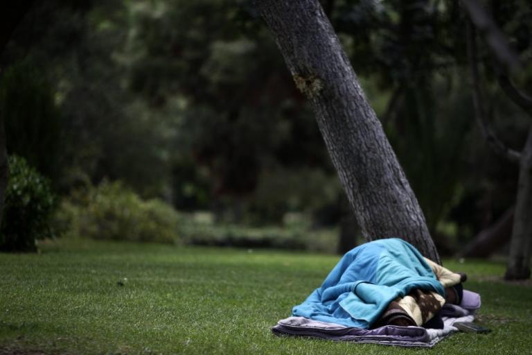 Πρωτοβουλία του ΑΧΕΠΑ για τους άστεγους που συγκεντρώνονται στο νοσοκομείο