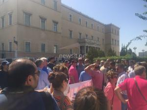 Συλλαλητήριο της ΑΔΕΔΥ ενάντια στην αξιολόγηση – Στην Βουλή κατέληξε η πορεία [pics, vid]