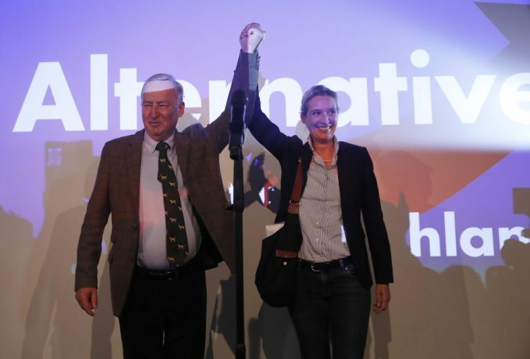 Γερμανικές εκλογές – αποτελέσματα: Μεγάλος νικητής το ρατσιστικό AfD – Ρεκόρ επανεκλογής της Μέρκελ | Newsit.gr