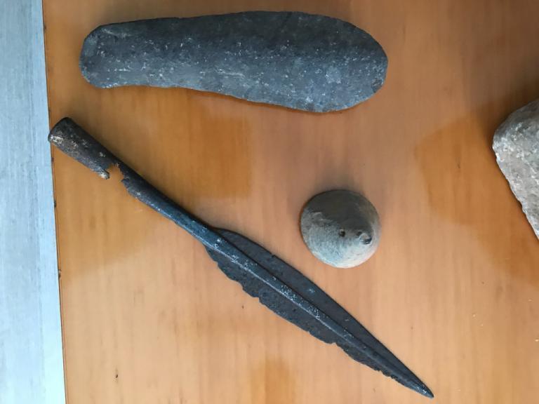 Ιωάννινα: Ο «ορφανός» σάκος έκρυβε αρχαίο θησαυρό! [pics] | Newsit.gr