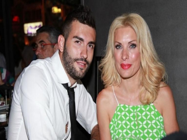 Ερωτευμένος ο αδελφός της Ελένης Μενεγάκη! Δείτε το μήνυμά του [pic] | Newsit.gr