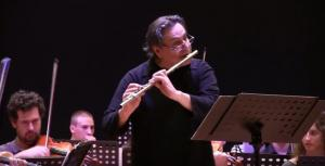 Παναγιώτης Δράκος: Οι συνεργασίες του παιδόφιλου καθηγητή μουσικής με πασίγνωστους καλλιτέχνες