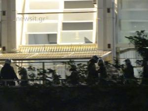 ΑΕΚ – Ολυμπιακός: Επεισόδια έξω από το γήπεδο! To μελανό σημείο του ντέρμπι [vid, pics]