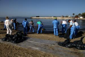 """Πετρελαιοκηλίδα: SOS από το """"Αρχιπέλαγος""""! Το πετρέλαιο που θα κατακαθίσει στον βυθό, θα μείνει 25 χρόνια"""""""