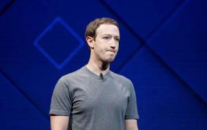 Γιατί δεν μπλοκάρεται ο Ζούκερμπεργκ στο Facebook;