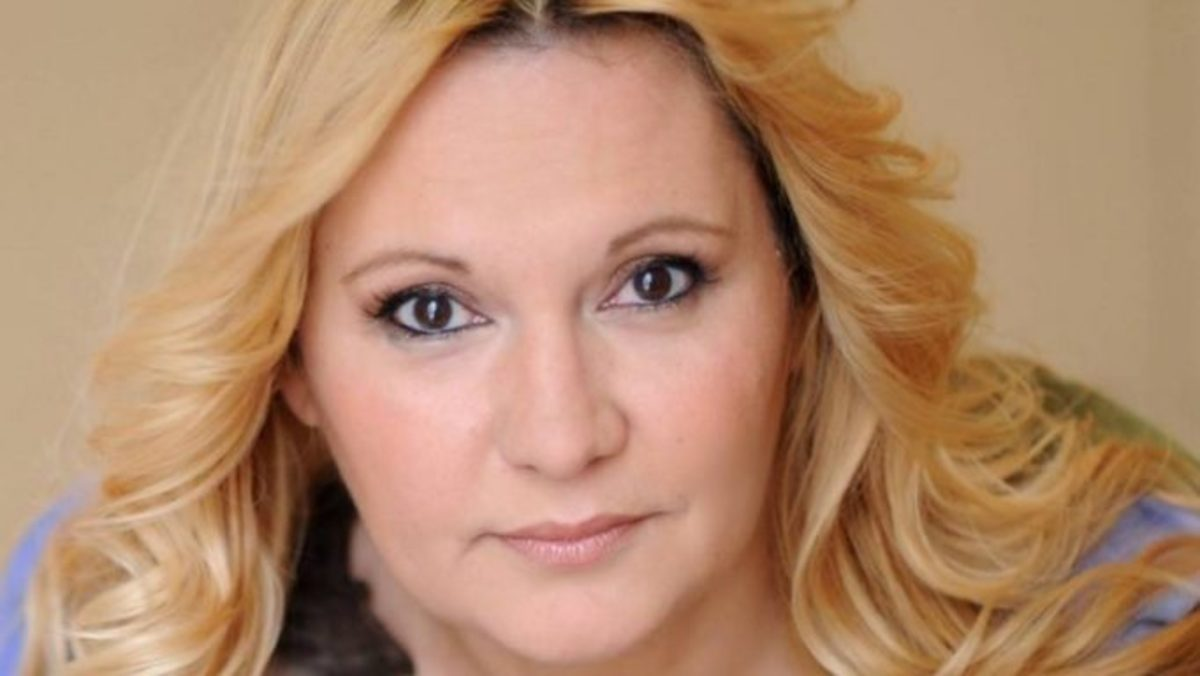 Ξέσπασε η Καίτη Φίνου στο facebook! «Λυπάμαι… Αν δεν γνωρίζετε τι λέει…» | Newsit.gr