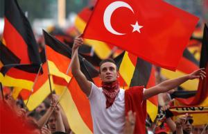 Γερμανικές εκλογές: «Μήνυμα» της τουρκικής κοινότητας στον Ερντογάν – «Θα αποφασίσουμε μόνοι μας»