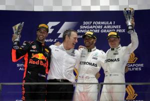 Formula 1: Θρίαμβος για Χάμιλτον! Καταστροφή για Ferrari