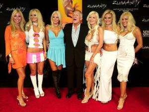Πέθανε ο ιδρυτής του Playboy Hugh Hefner