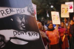 Φρίκη στην Ινδία: Πλήρωναν έως 15.500$ για να βιάζουν ανήλικα!