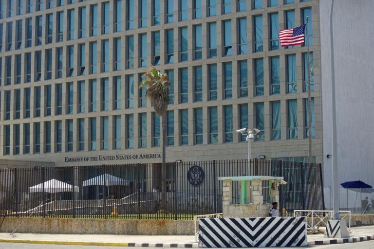 ΗΠΑ: Ανακαλείται το προσωπικό της πρεσβείας στην Αβάνα – «Μην πηγαίνετε στην Κούβα» | Newsit.gr