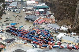 Κυκλώνας Ίρμα: «Σαρώνει» τον Άγιο Δομίνικο – Στους 10 οι νεκροί – «Πανικός» στις ΗΠΑ [pics, vid]