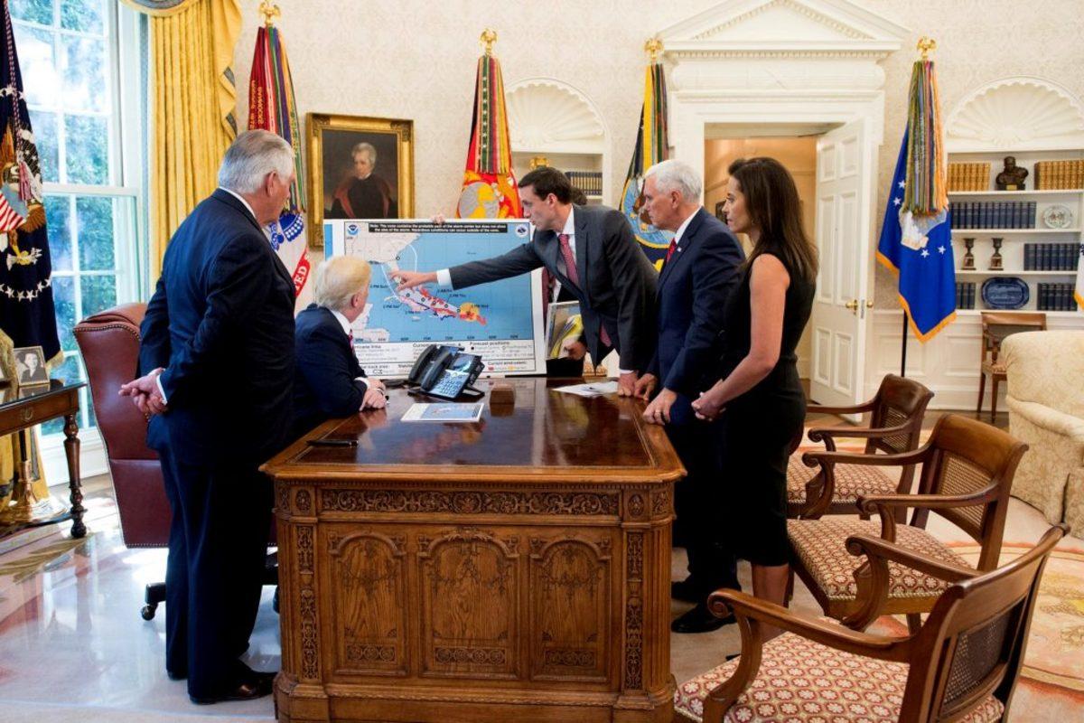 irma trump - Κυκλώνας Ίρμα: Έφτασε την Κούβα - τυφώνας, Κουβα, Ιρμα, ειδήσεις