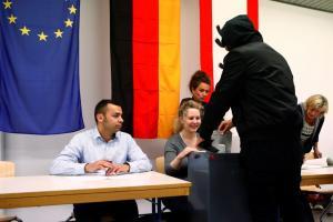 Γερμανικές εκλογές: «Ντροπή να μπει το ακροδεξιό AfD στη Βουλή»