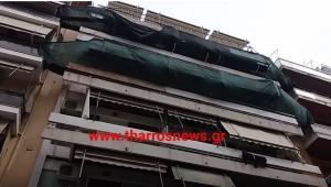 Τραγωδία στην Καλαμάτα – Οικοδόμος έπεσε από τον πέμπτο όροφο [vids]